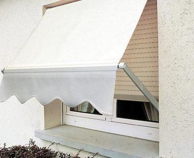 Stores extérieurs-projection-bannettes-fenetres-blanc