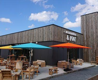 Installation de parasols Glatz au restaurant «Mario Mousse» à Mondeville