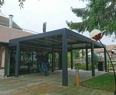 pergola bioclimatique «La Haie des Granges» à Pacy/Eure