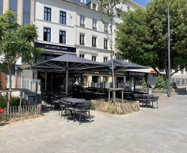 parasols Glatz «Café de Caen»